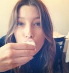 jesse-taste-testing-au-fudge